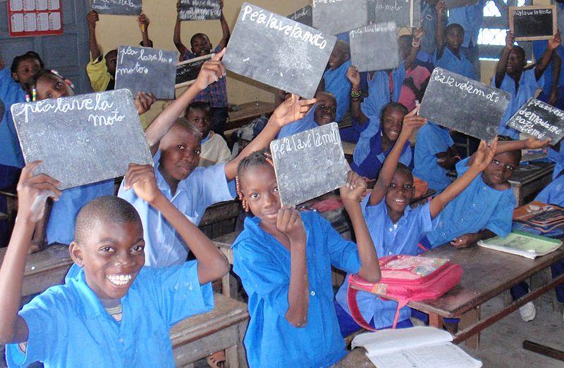 Hellot Mampouya menace de fermer les écoles privées d'enseignement ...